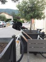 A breakfast stop outside the Boulangerie in Maubec