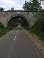 Deserted Veloroute Du Calavon on the way to Apt
