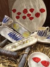 Baskets of pottery Marchand De Couleurs