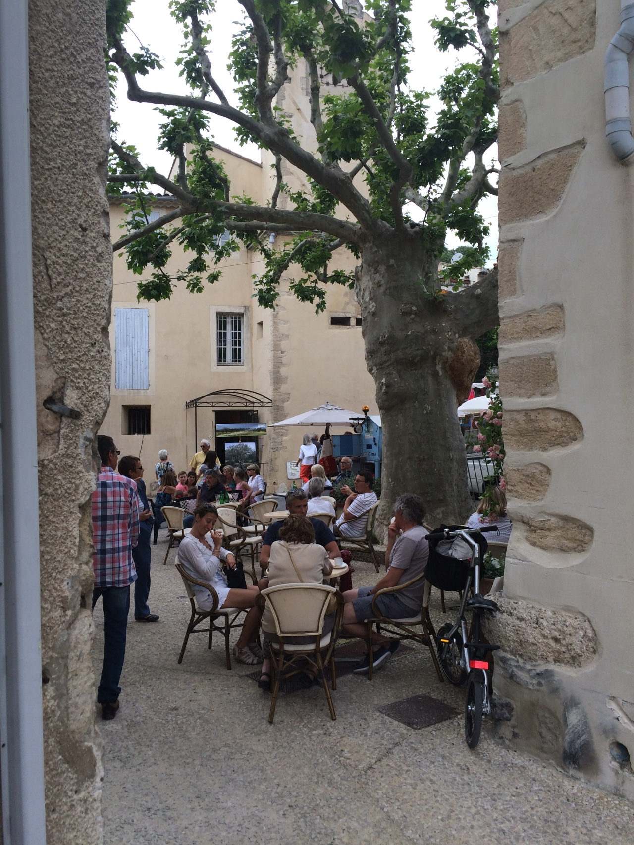 Two Weeks in Provence -Day 9 – A quiet cycle & the 'Fete de L'Olivier'