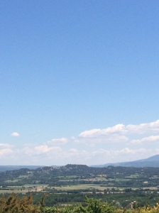 Empty-package clouds in the distance on the way up to Gordes